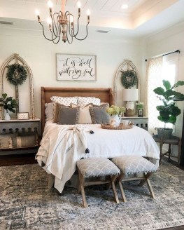 Gorgeous Farmhouse Bedroom Remodel Ideas On A Budget 41