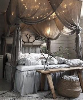 Modern Rustic Master Bedroom Design Ideas 07