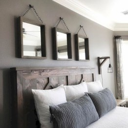 Modern Rustic Master Bedroom Design Ideas 14