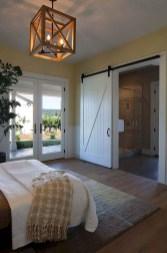 Modern Rustic Master Bedroom Design Ideas 31