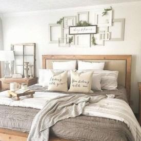 Modern Rustic Master Bedroom Design Ideas 37
