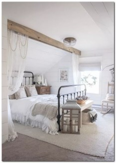 Modern Rustic Master Bedroom Design Ideas 47