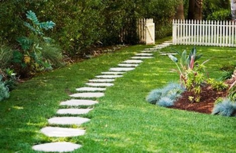 Newest Stepping Stone Pathway Ideas For Your Garden 29