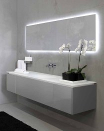 Outstanding Bathroom Mirror Design Ideas For Any Bathroom Model 32