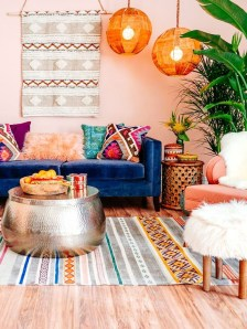 Adorable Colorful Pillow Ideas For Cozy Living Room 31