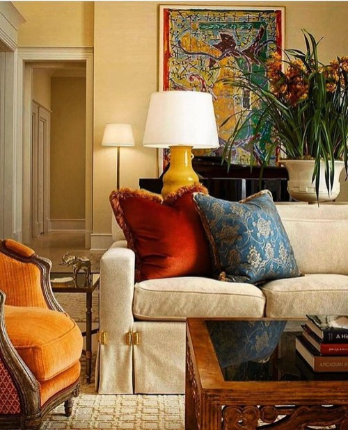 Adorable Colorful Pillow Ideas For Cozy Living Room 50