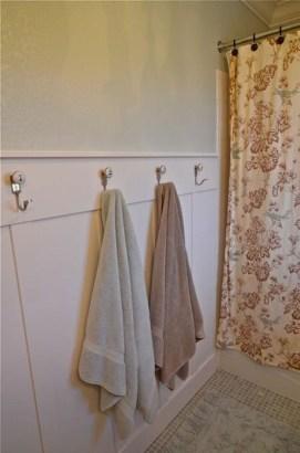 Affordable Towel Ideas For Best Bathroom Inspiration 15