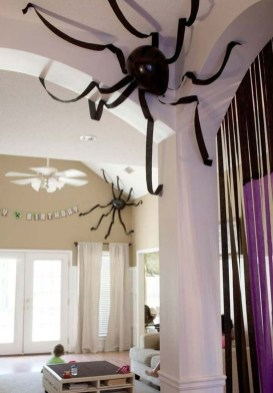 Cool DIY Halloween Decoration Ideas For Limited Budget 18