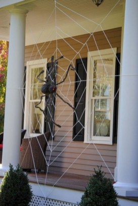 Cool DIY Halloween Decoration Ideas For Limited Budget 25
