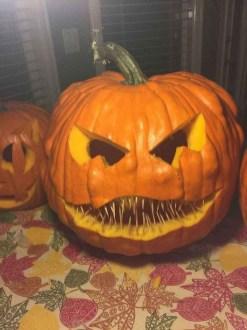 Cute Halloween Pumpkin Decoration Ideas For More Fun 03