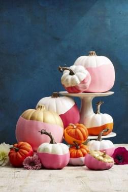 Cute Halloween Pumpkin Decoration Ideas For More Fun 09