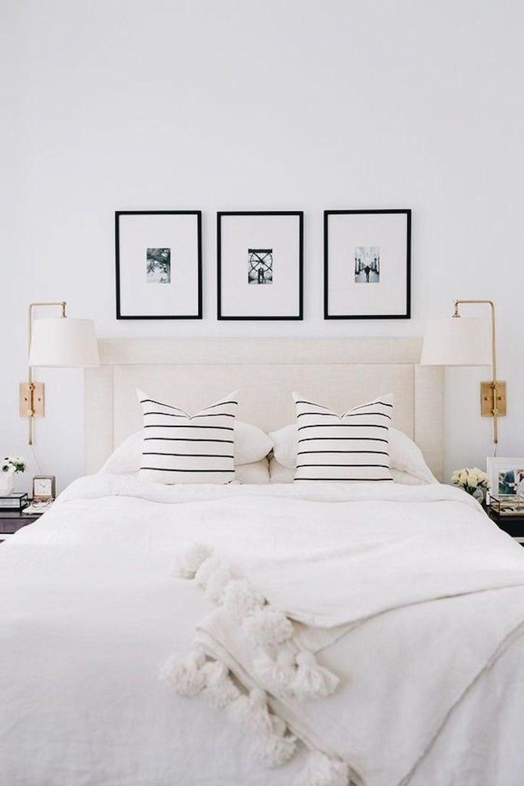 Minimalist Bedroom Decoration Ideas That Looks More Cool 40