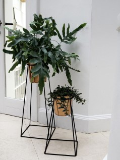 Popular Indoor Plant Stands Ideas For Fresh Home Inspiration 04