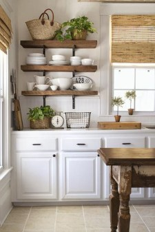 Wonderful Kitchen Cabinets Ideas For Your Tiny House 10