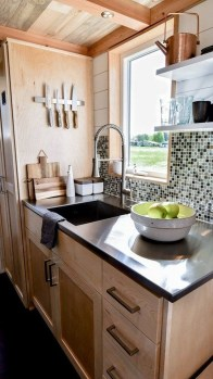 Wonderful Kitchen Cabinets Ideas For Your Tiny House 19