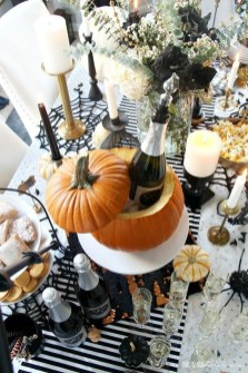 Astonishing Halloween Table Decoration That Perfect For This Year 23
