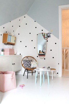 Awesome Child's Room Ideas With Wall Decoration 15