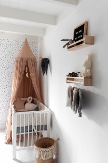 Awesome Child's Room Ideas With Wall Decoration 49
