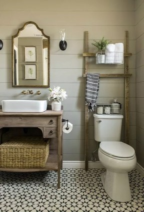 Inspiring Bathroom Decoration Ideas With Wooden Storage 07
