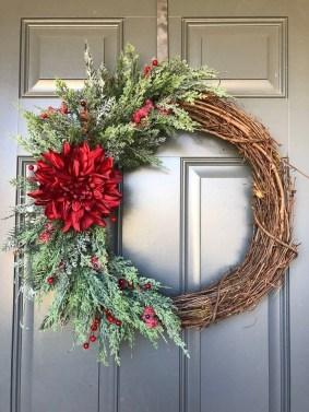 Beautiful DIY Winter Wreath To Place It On Your Door 06