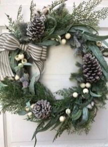 Beautiful DIY Winter Wreath To Place It On Your Door 21
