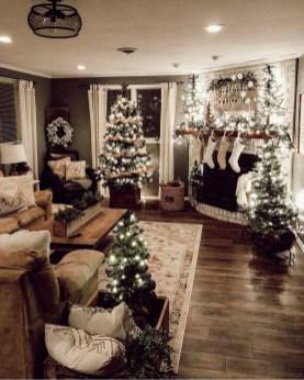 Best Ideas For Apartment Christmas Decoration 06