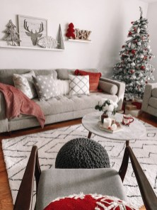 Best Ideas For Apartment Christmas Decoration 19