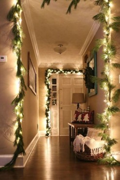 Best Ideas For Apartment Christmas Decoration 33