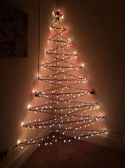 Best Ideas For Apartment Christmas Decoration 38