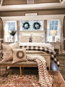 Best Master Bedroom Decoration Ideas For Winter 01