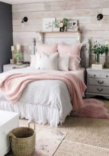 Best Master Bedroom Decoration Ideas For Winter 21