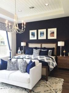 Best Master Bedroom Decoration Ideas For Winter 41
