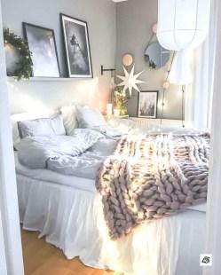 Best Master Bedroom Decoration Ideas For Winter 47