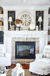 Inspiring Fireplace Mantel Decorating Ideas For Winter 05