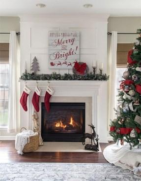 Inspiring Fireplace Mantel Decorating Ideas For Winter 08