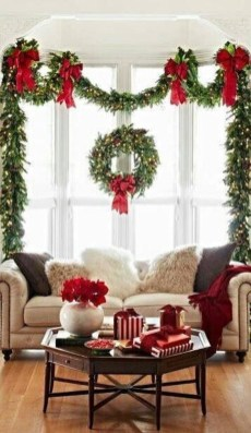 Outstanding Winter Decoration Ideas For Your Apartment 26