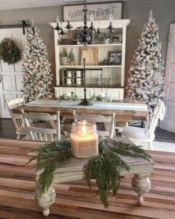 Outstanding Winter Decoration Ideas For Your Apartment 31
