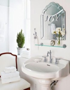 Beautiful Winter Themed Bathroom Decoration Ideas 37