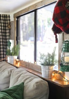 Most Inspiring Holiday Decoration Ideas For Your RV 03