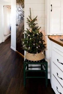 Most Inspiring Holiday Decoration Ideas For Your RV 04