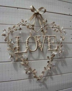 Affordable Valentine's Day Shabby Chic Decorations On A Budget 10