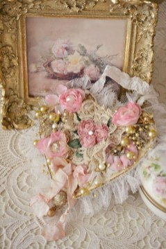 Affordable Valentine's Day Shabby Chic Decorations On A Budget 51