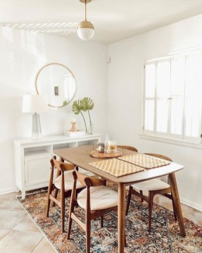 Amazing Small Dining Room Table Decor Ideas To Copy Asap 52