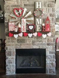 Best Valentines Day Mantel Decor Ideas That You Will Falling In Love With 06