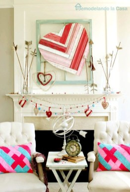 Best Valentines Day Mantel Decor Ideas That You Will Falling In Love With 10