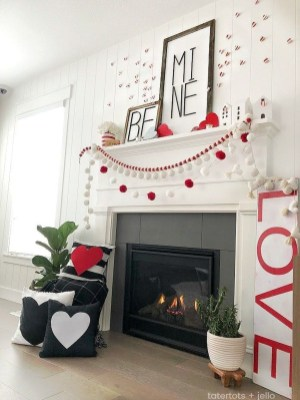 Best Valentines Day Mantel Decor Ideas That You Will Falling In Love With 20