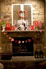 Best Valentines Day Mantel Decor Ideas That You Will Falling In Love With 41