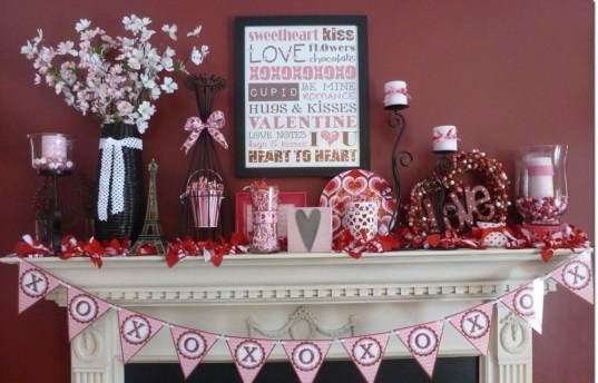 Best Valentines Day Mantel Decor Ideas That You Will Falling In Love With 44