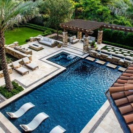 Comfy Pool Seating Ideas For Your Outdoor Decoration 04