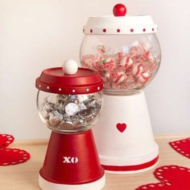 Creative DIY Valentines Day Decoration Ideas To Beautify Your Home 18